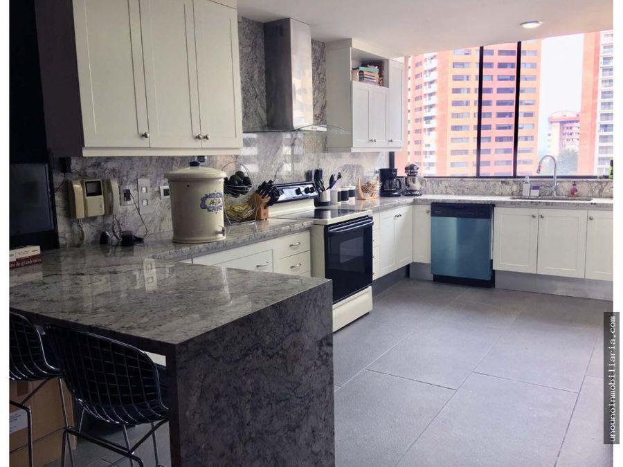 apartamento de 3 habitaciones en venta en zona 14