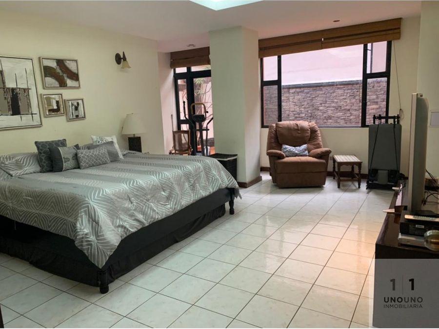 apartamento en primer nivel en zona 14 cantaclaro