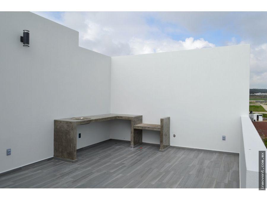 casa con terraza en tercer nivel y vista panoramica