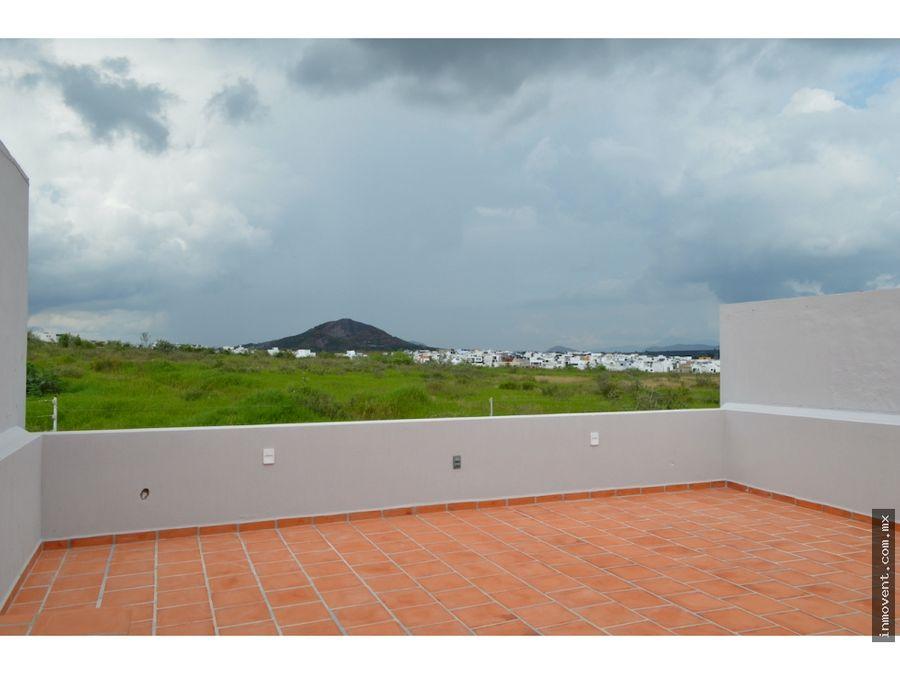 casa con roof garden coto avellano valle imperial