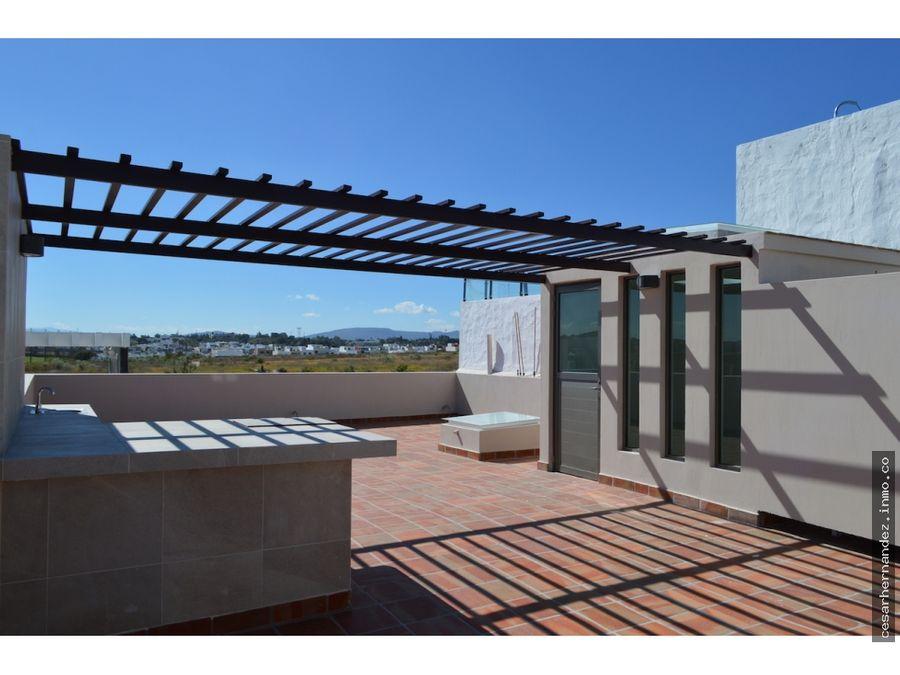 casa con roof garden fraccionamiento valle imperial