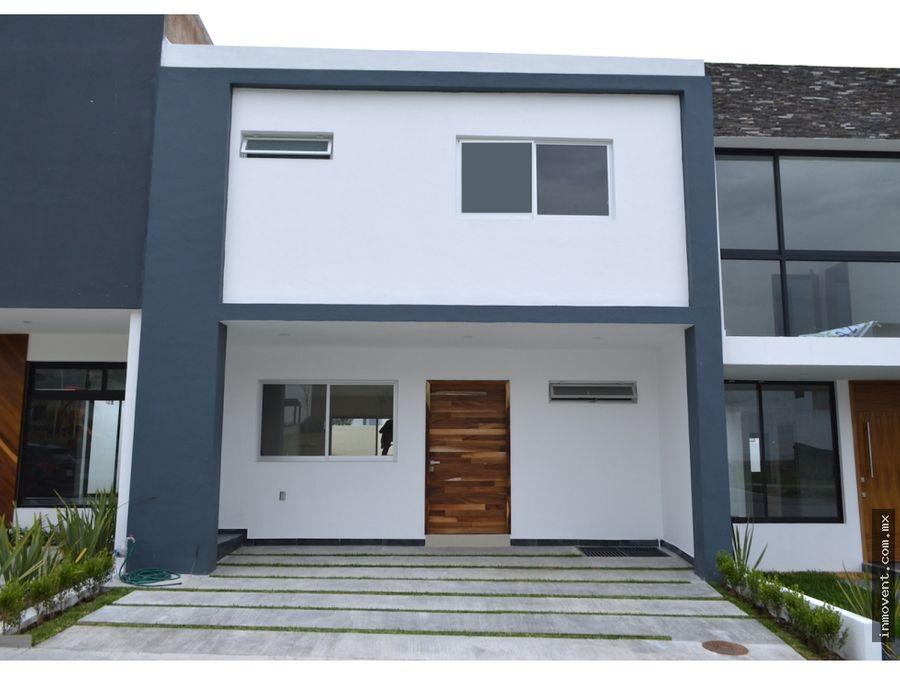 casa nueva en senderos de monteverde