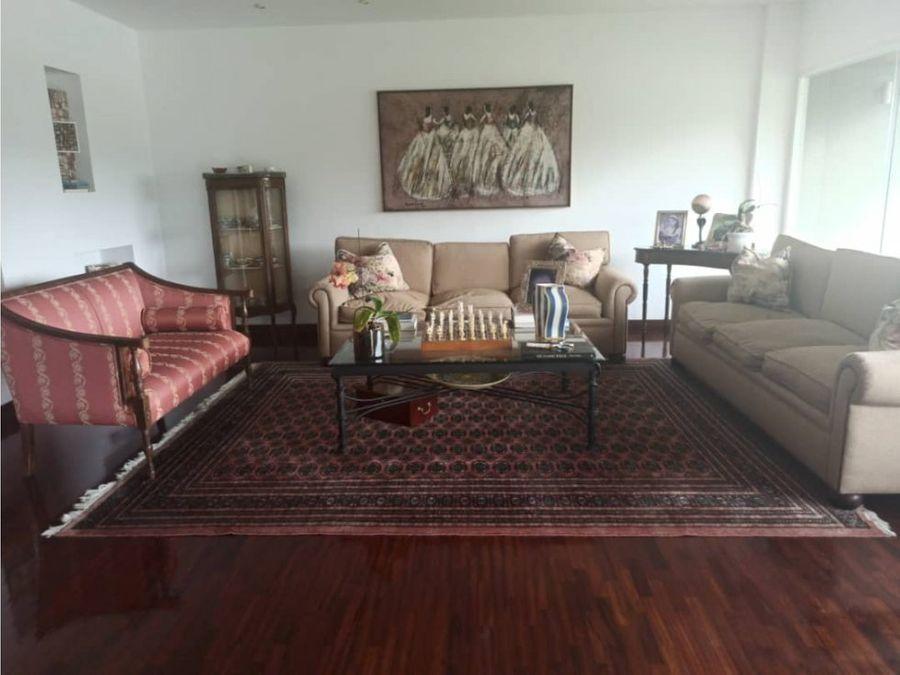 chulavista apartamento 360 mts 5h 5b 3p