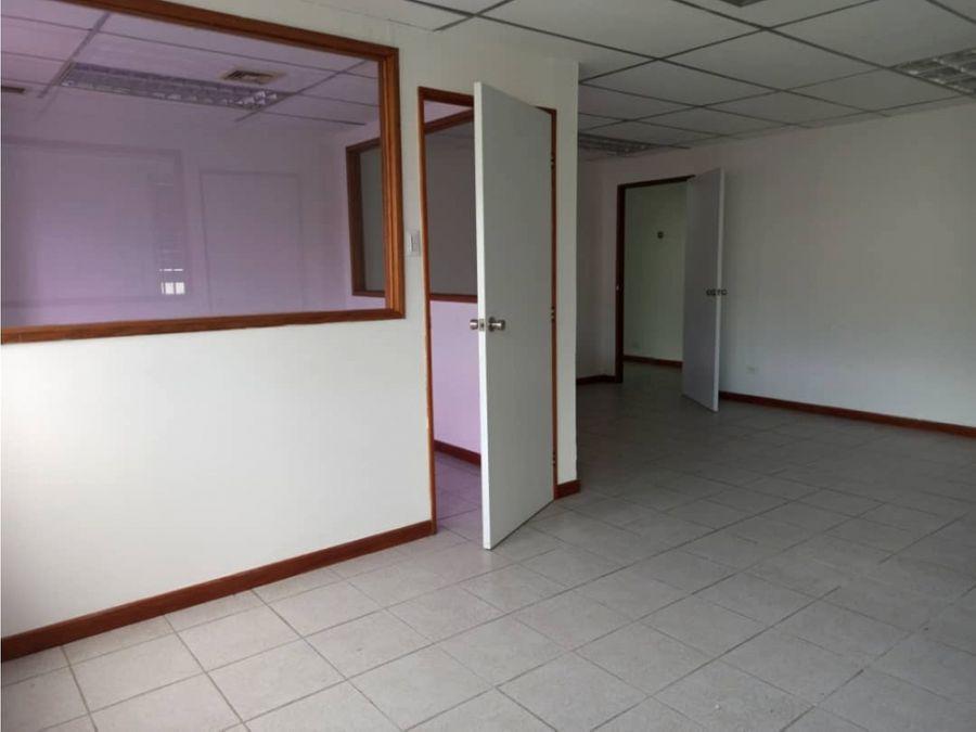alquiler oficina 140 m2