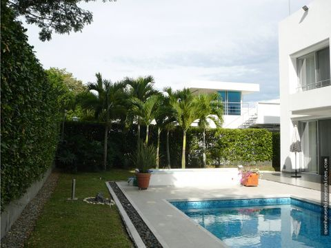 venta casa en el conjunto golf club ibague