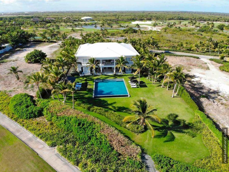 villa de 7 hab y vistas al mar caribe y campo de golf en corales
