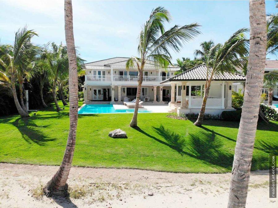 villa de 4 hab cerca de la playa y con vistas al campo de golf