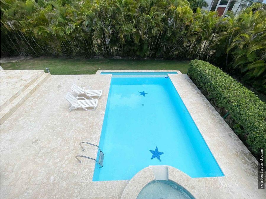amplia villa de 4 hab y piscina privada en cocotal golf country club