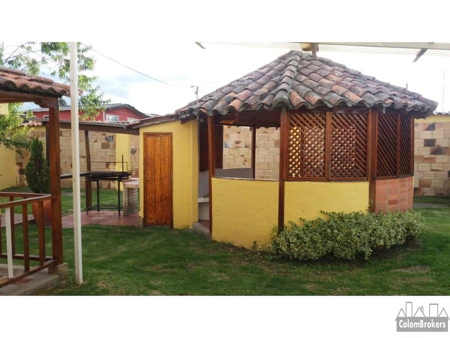 vendo casa con zona verde en el canelon cajica