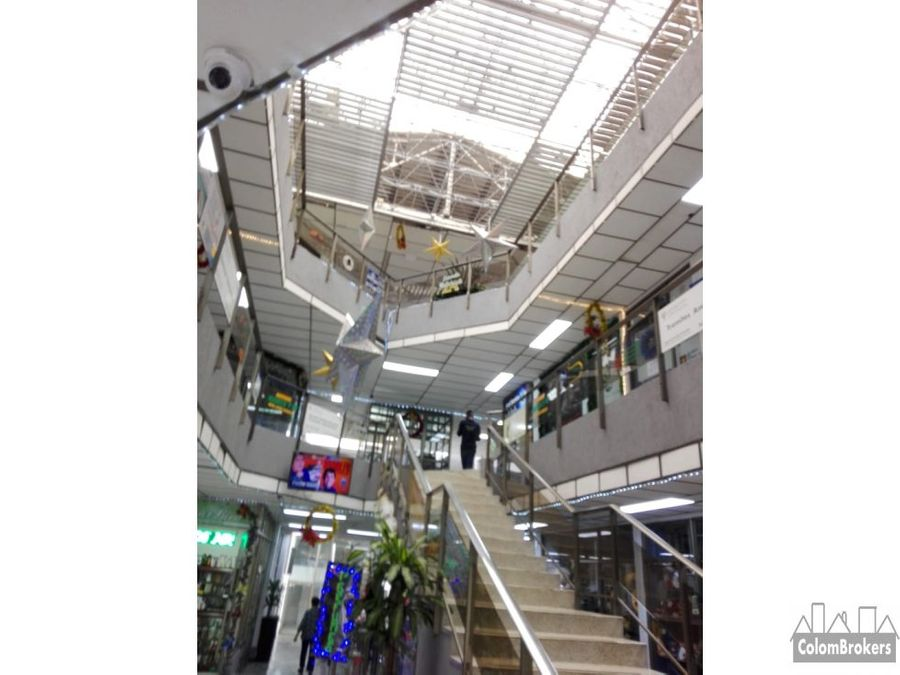 vendo locales en centro comercial chia