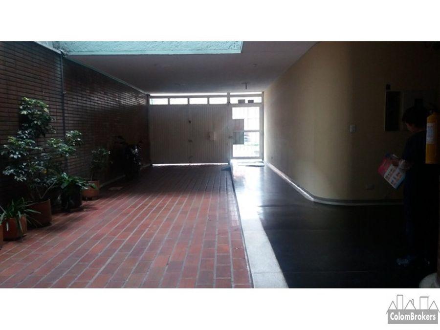 vendo apartamento con ascensor en barrio santafe