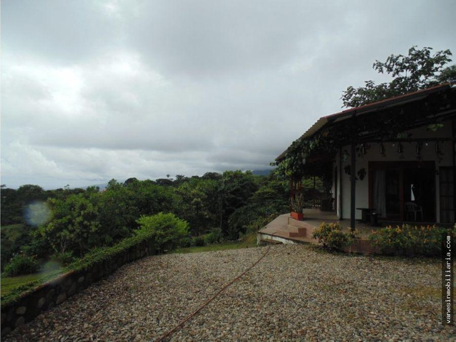 cabana con espectacular vista al llano