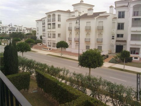 apartamento en la torre golf resort