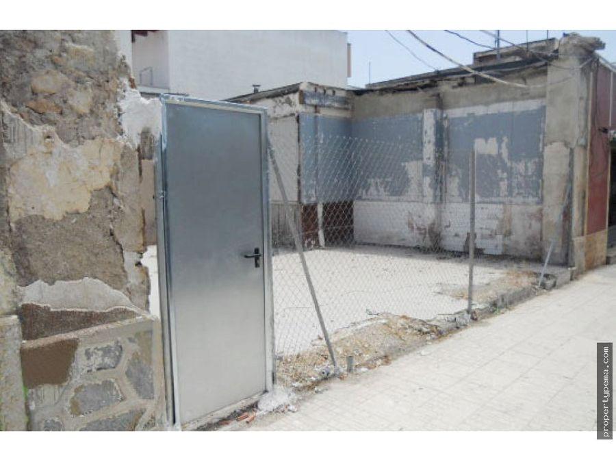 solar en barrio peral