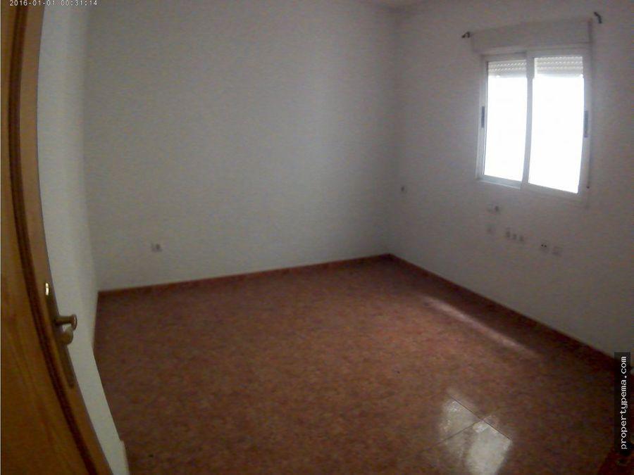 piso planta baja en fte alamo