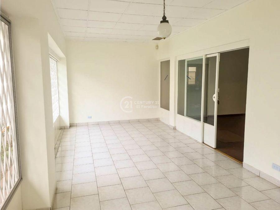 venta de casa en la uruca