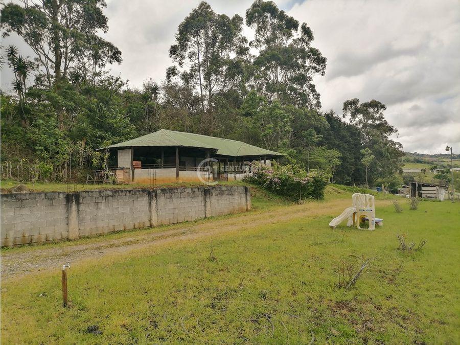 venta de propiedad con casa y bodega cartago