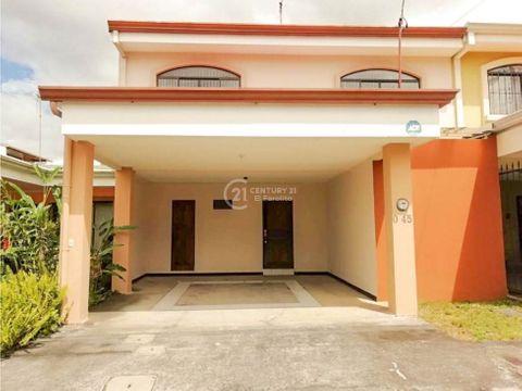 venta de casa en residencial omega tres rios