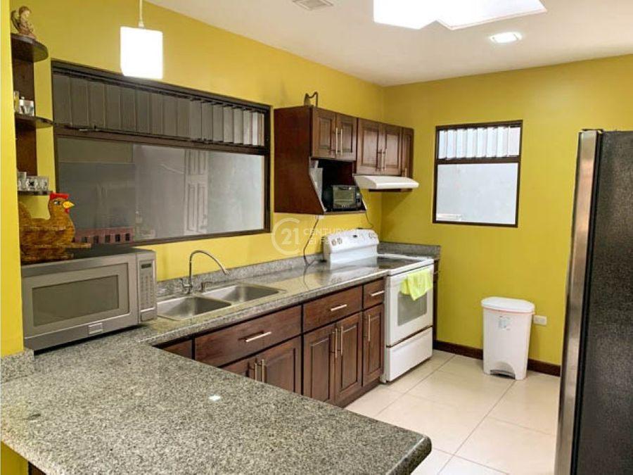 venta de casa en residencial moravia