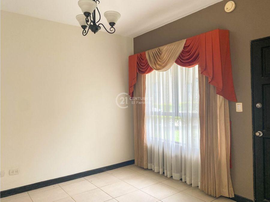 venta de casa en condominio coronado