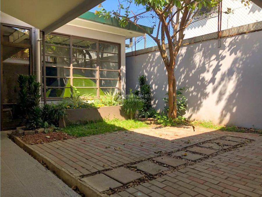 alquiler de casa con uso comercial barrio escalante