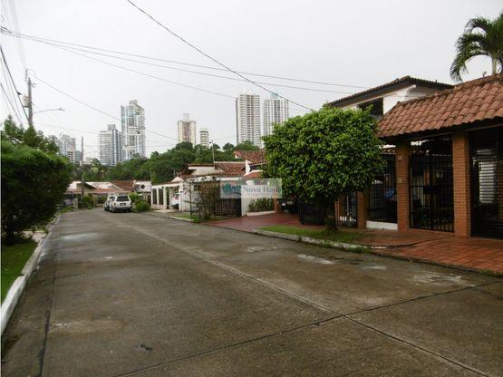 se vende duplex en villa de las fuentes 2