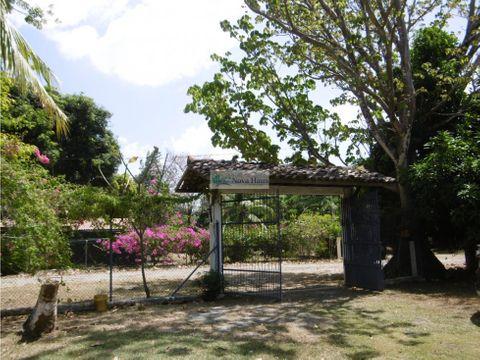 venta casa de playa con piscina gorgona