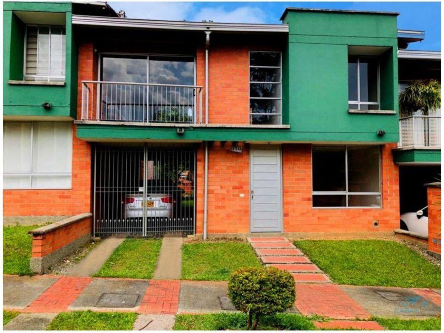 casa en venta en la estrella sector suramerica antioquia