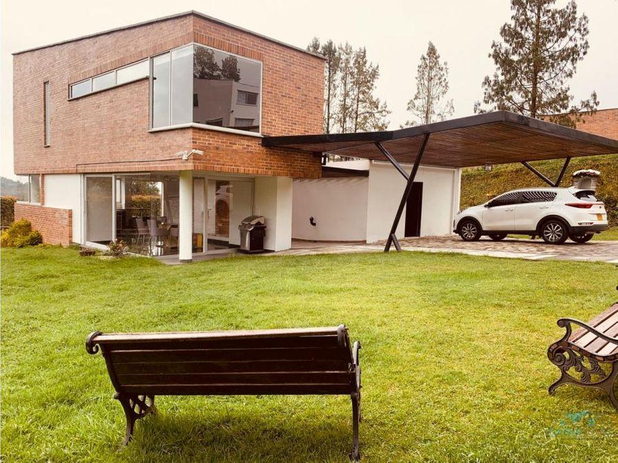 casa en venta en loma del escobero envigado