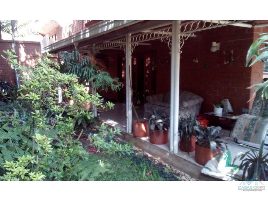 casa en venta medellin poblado loma de los parras