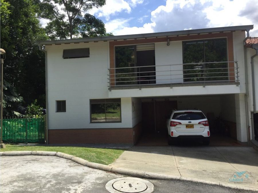 casa en venta en envigado loma del chocho