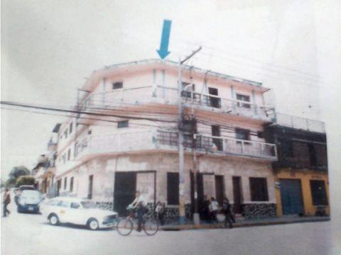 se vende edificio en barrio villa adela