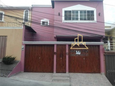 se vende casa en altos del trapiche