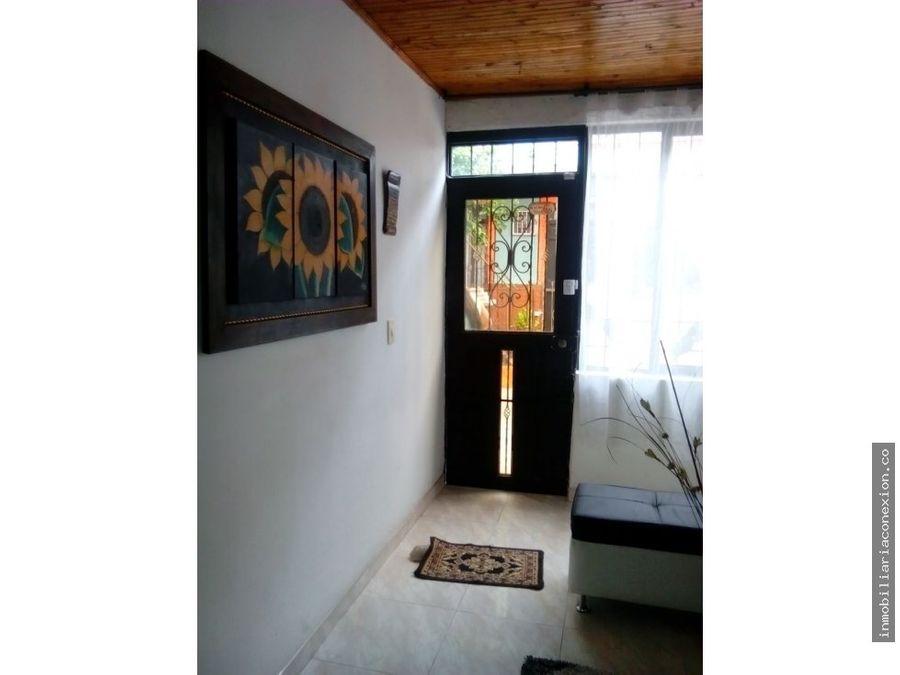 casa sur de armeniabarrio zuldemaida