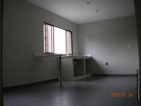 alquilo apartamento sin muebles zona universidad evangelica