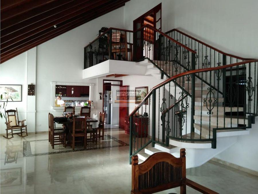 se vende chalet en vda la union quimbaya