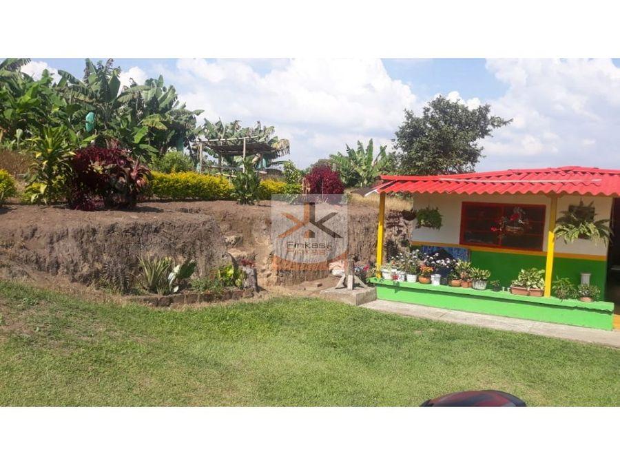 se vende finca en naranjal alto quimbaya