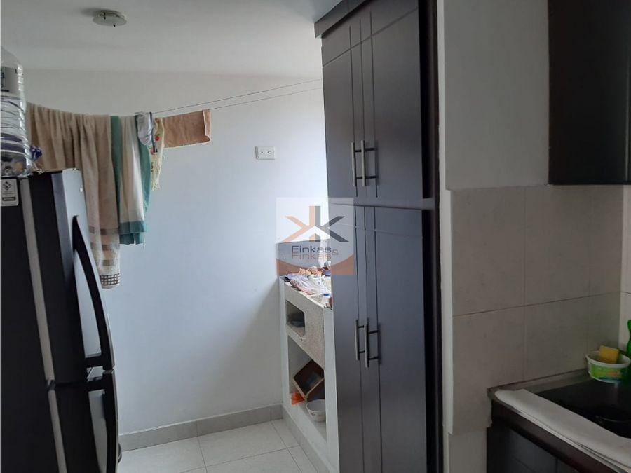 se vende apartamento barrio la cabana armenia