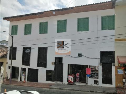 se vende casa comercial centro de quimbaya
