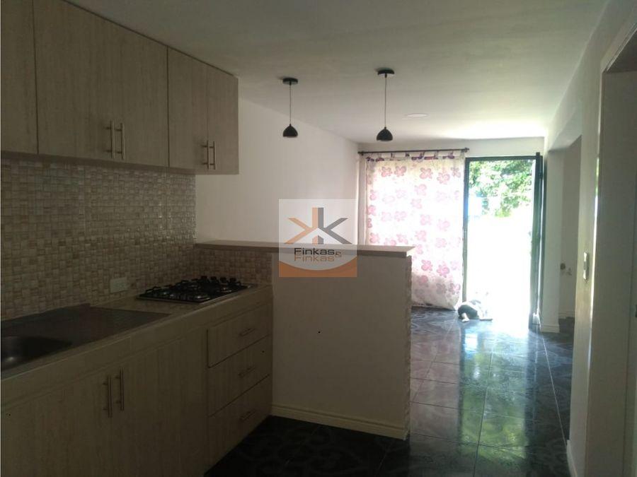 se vende casa para estrenar en quimbaya