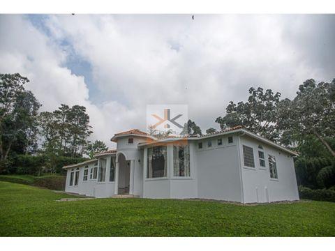 se vende casa campestre en filandia 5367 m2