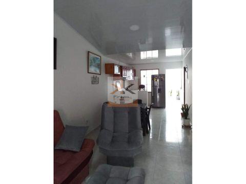 se vende casa en sector el danubio cartago