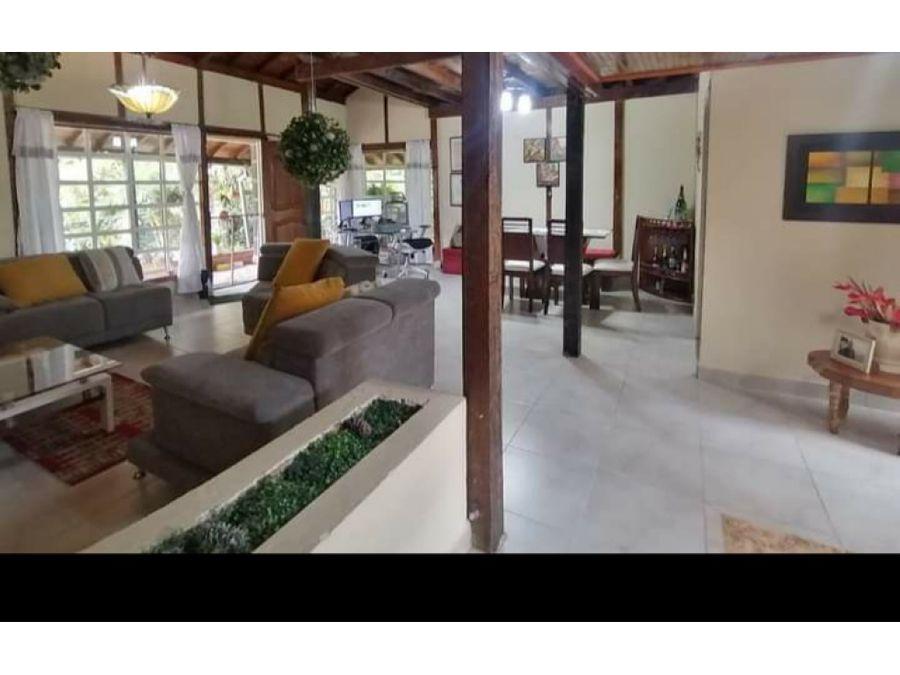 se vende casa campestre armenia pereira risaralda