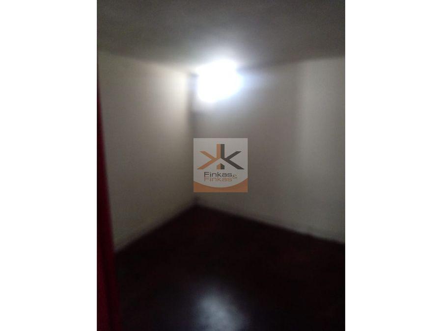 se vende casa en montenegro