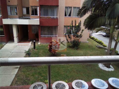 se vende apartamento sector los naranjos armenia