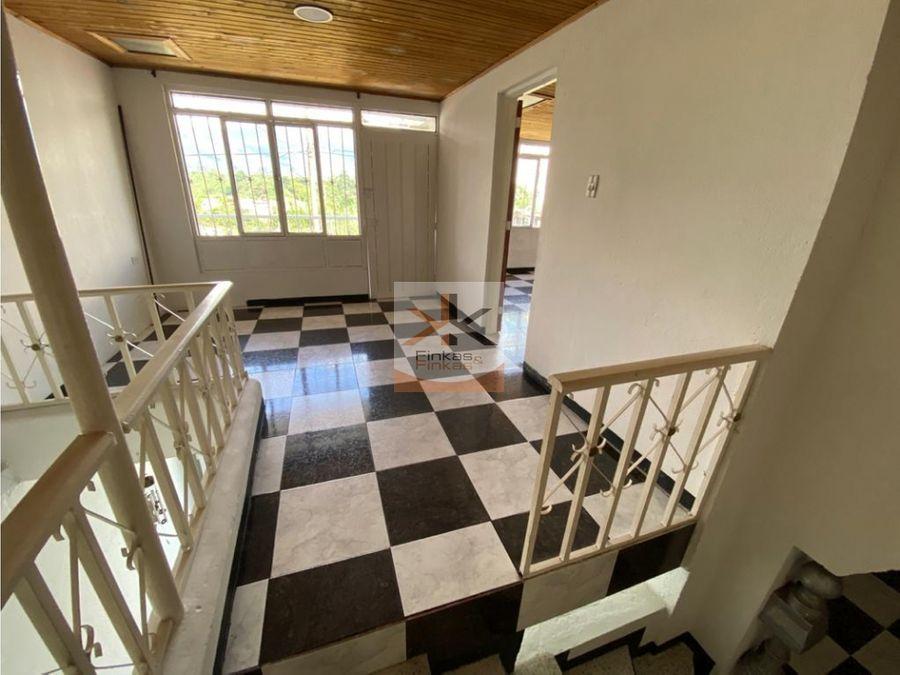 se vende casa en el centro de armenia