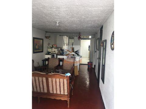se vende casa en el barrio la patria