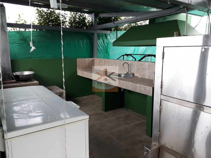 se vende finca chalet de 2 cuadras entre filandia quimbaya