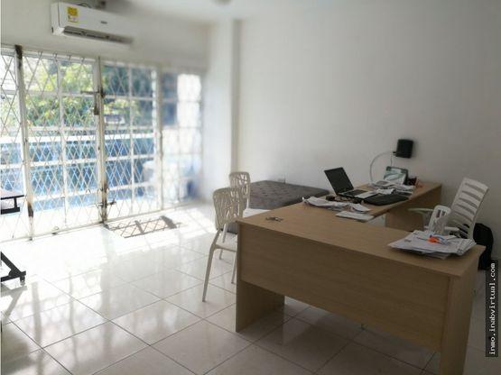 arriendo oficinas en buen sector avenida cartagena