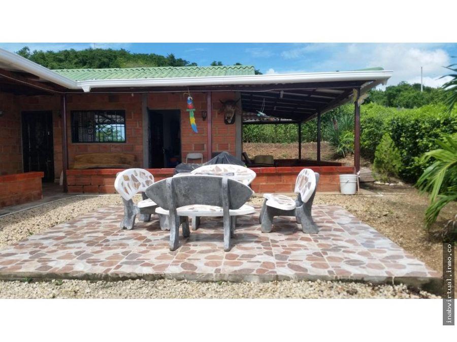 vendemos hermosa cabana en via turbaco